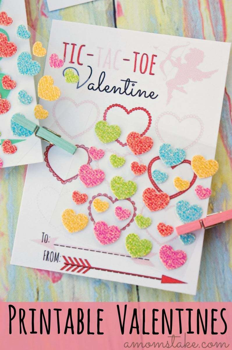 Thinking of making your own DIY homemade valentine's day cards? I'm loving this adorable free printable Tic Tac Toe valentines perfect for friends, a classroom or preschool group. Pair it with stickers, a crayon, or candy. It's double awesome that it's a non-candy option!