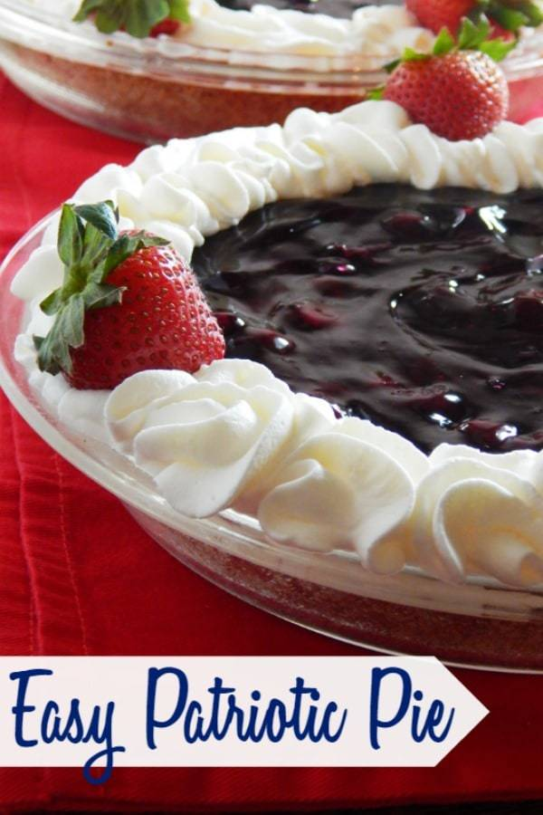15 minute easy patriotic pie with a festive red white and blue!