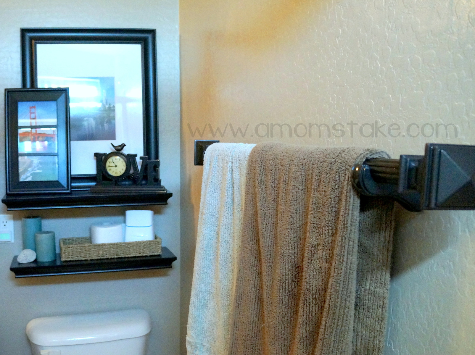 DIY Towel Rack Tutorial - A Mom\'s Take