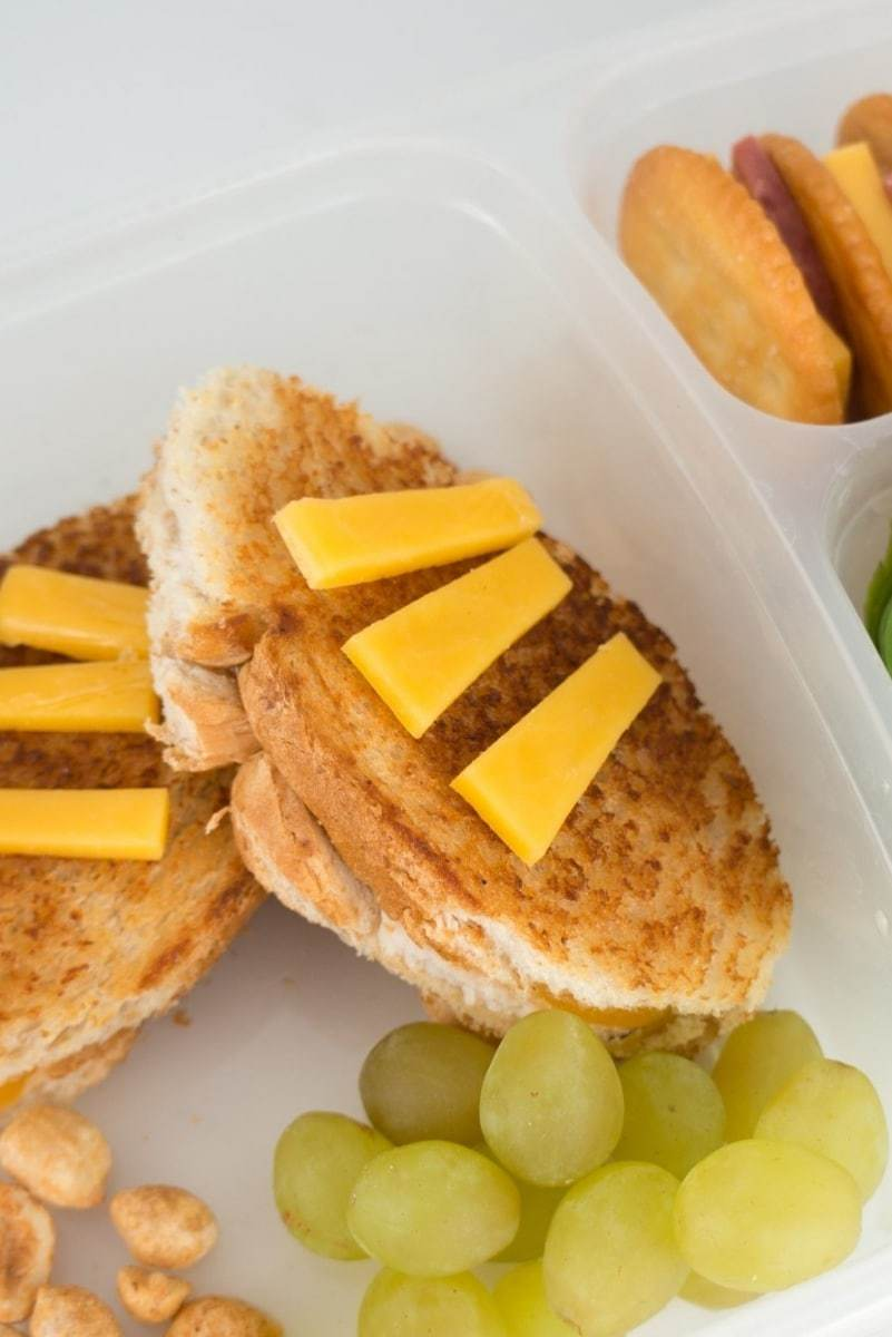Football-Lunchbox-Ideas-001