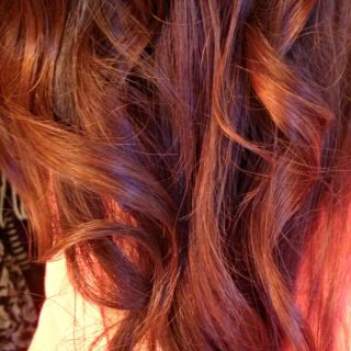 How To Curl Your Hair Using a Straightener