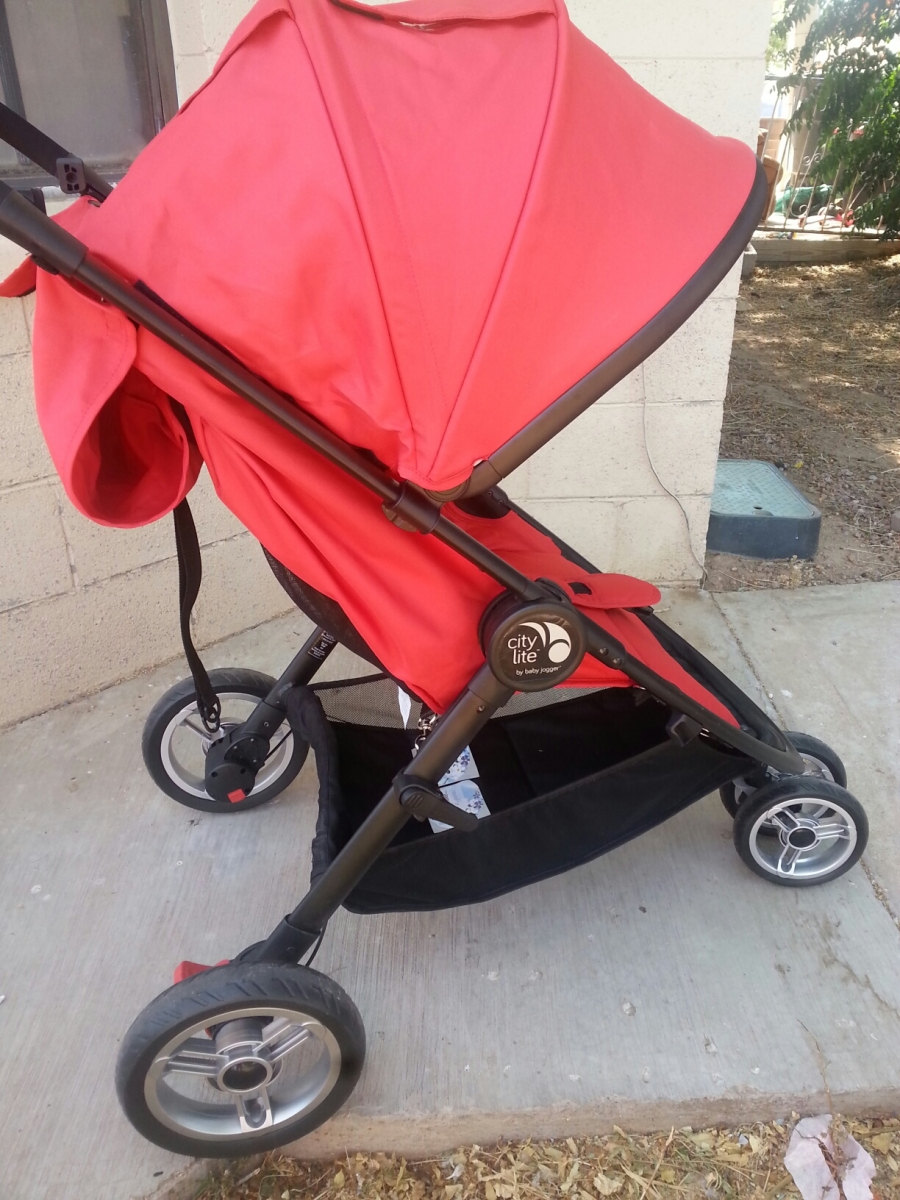 Need A Lightweight Stroller Try A City Lite A Mom S Take
