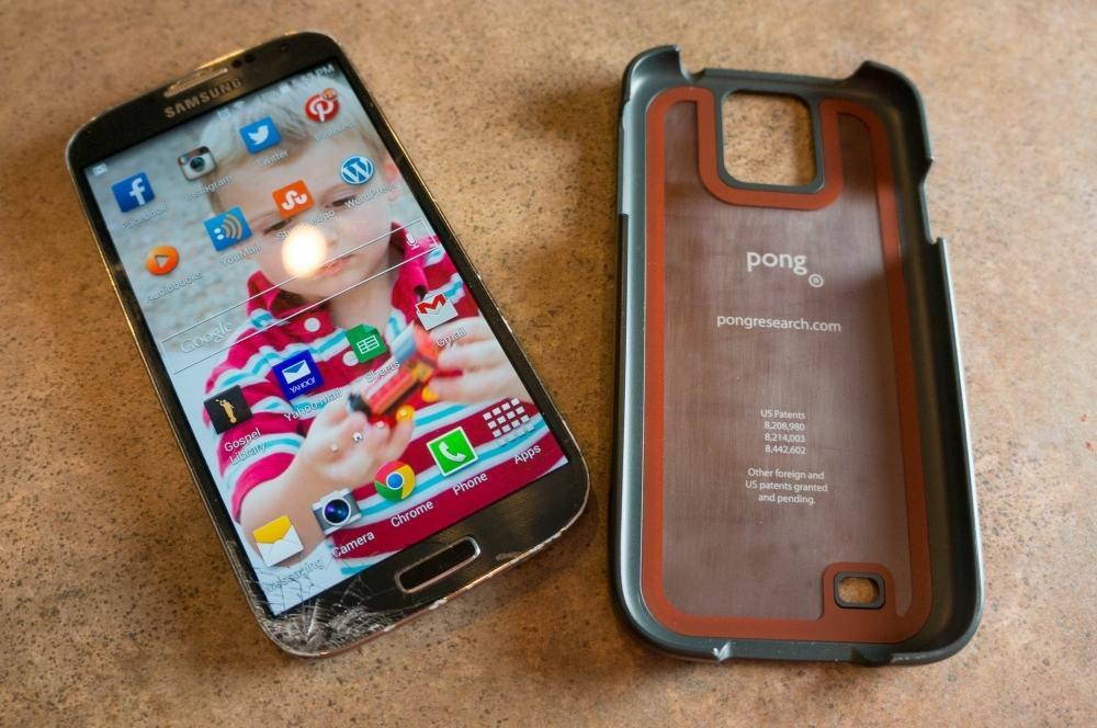 Pong Case 09075