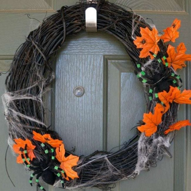 easy-halloween-wreath-diy