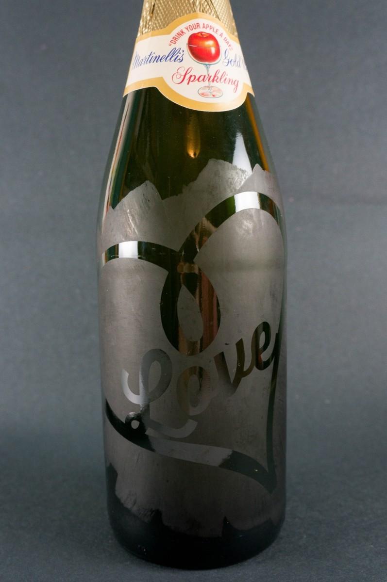Love Bottle 00993