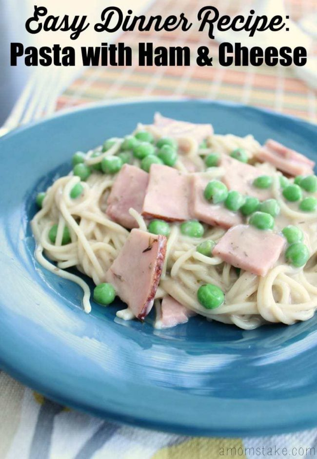 Easy dinner recipe! Pasta with ham and cheese, so tasty and yet so simple!