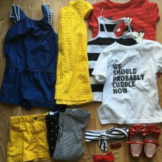 8 Pieces 10 Outfits Packing Light With Kids