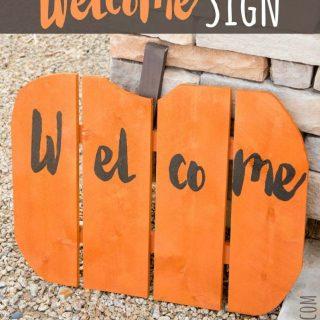 DIY Halloween Welcome Sign