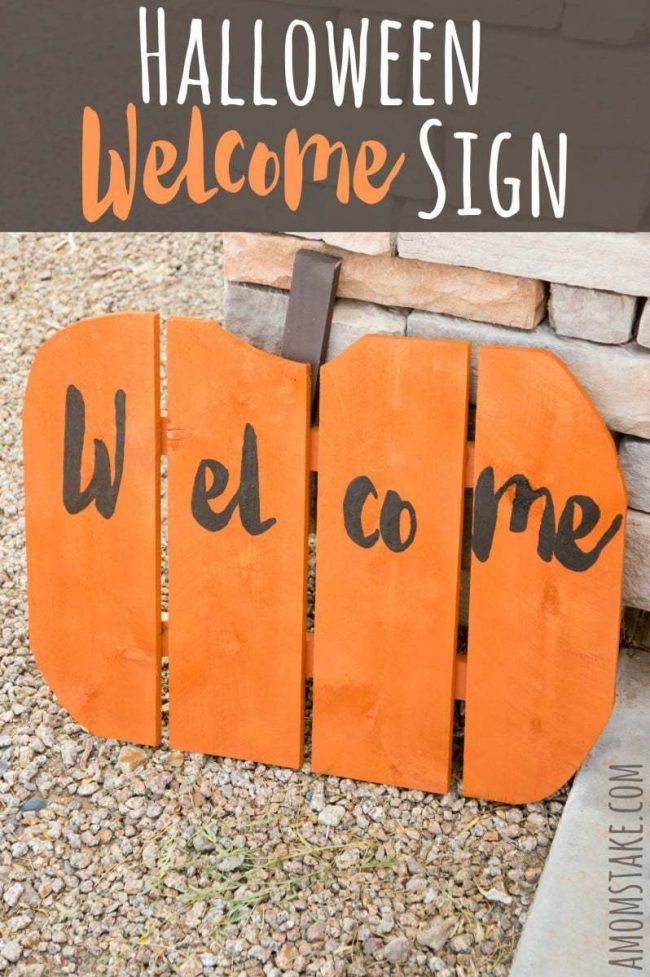 DIY Pumpkin Welcome Sign