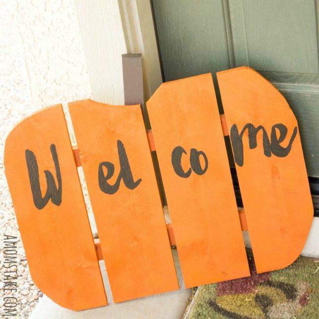 Pumpkin Welcome Sign