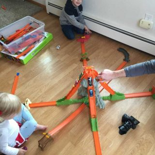 5 Reasons Every Kid Should Play With Hot Wheels