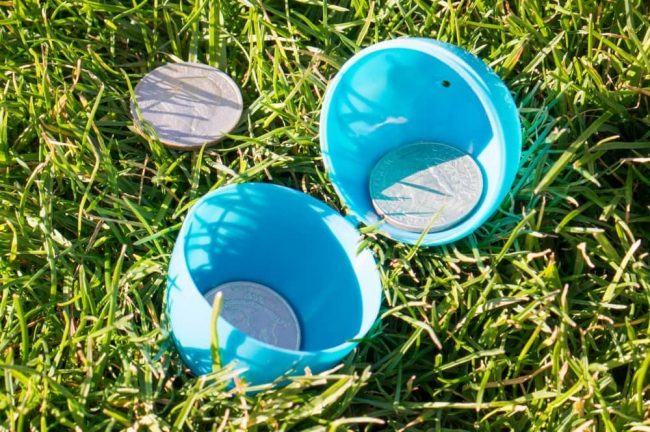 Unique Easter egg hunt ideas like glow in the dark eggs, scavengner hunt, or an egg hunt for coins!