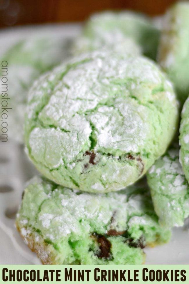 Delicious chocolate mint crinkle cookies! So easy and cheap! Great for holidays like St Patricks day and Christmas.