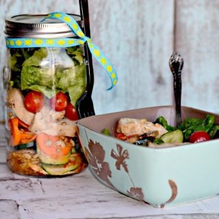 Easy Salad in a Jar To-Go