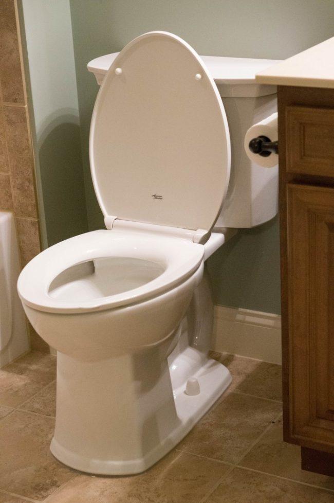 American Standard Toilet00429