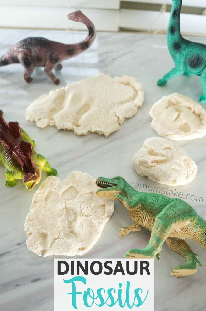 Tutorial to make your own DIY salt dough dinosaur fossils! Just follow this easy 1-minute video. You'll need just 3 easy ingredients and a few toys!