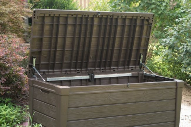 outdoor furniture storage box for the patio