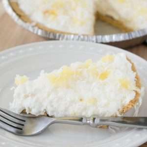 5-Minute No Bake Pineapple Cream Pie
