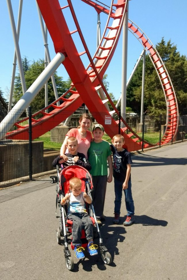 How to Make the Most of a Family Day at Carowinds - A Mom's Take