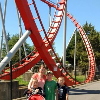 How to Make the Most of a Family Day at Carowinds